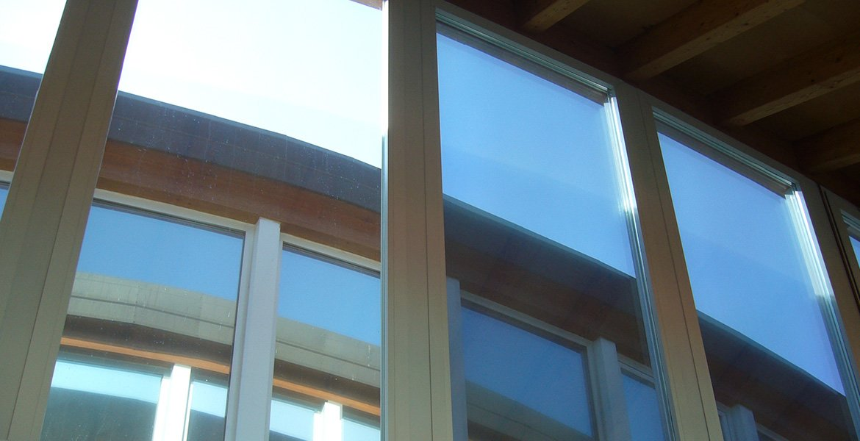 Vetri e vetrofanie pellicole per vetri pubblicar - Vetrofanie per finestre ...